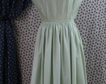 Mint Green Fitted Waist Full Circle Skirt Darling Cotton Day Dress