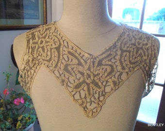 VINTAGE LACE COLLAR - Bodice and Sleeve Hand Made Lace Collar