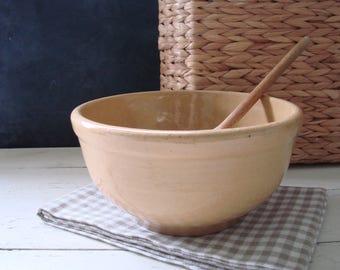 Vintage Stoneware Nesting Bowl, Farmhouse Bowl, Mixing Bowl, Yellow Ware, Farm House Kitchen Decor, Kitchenware