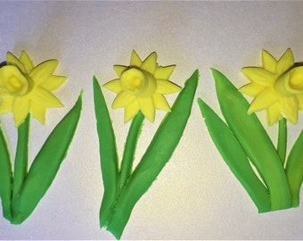 Edible Daffodils Cake Toppers 3 Pack Sugar Fondant Spring, Easter Cakes, Treats , Desserts, Gifts