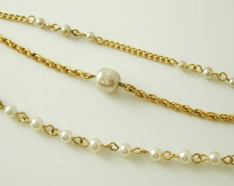 """Vintage imitation pearl necklace gold plate 14 1/2"""" - 16 1/2"""" long"""