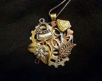 Small Feminine Steampunk Necklace