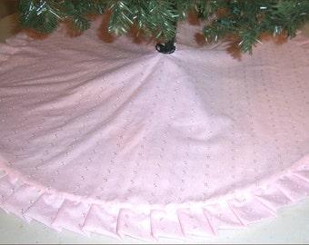 "Valentine's Day / Easter Tree Skirt ~ 47"" ~ Pink Eyelet"
