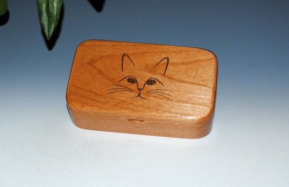 Cat Box - Handmade Wood Box of Alder- Treasure Box, Cat Gift Box, Trinket Box, Stash Box, Wooden Box, Small Box, Keepsake Box, Kitten Box