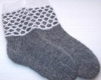 Hand knitted womens wool socks.  SizeEU 37-38  US 6-7