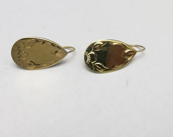 NAPIER earrings Pierced Gold tone Simple