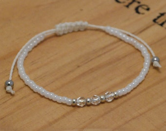 White Friendship Bracelet, Bead Bracelet, Boho Jewellery, Silver Bead Bracelet, Crystal Bracelet, White Pearl Bracelet, Bridal Jewellery