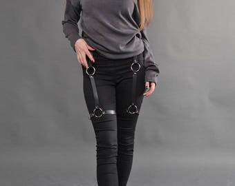 Leather Garter belt,Garterbelt,Exotic Dancewear,Clubwear,Leather Harness,Garter Lingerie,Leg harness,Garter harness,Garter belt,leg fetish