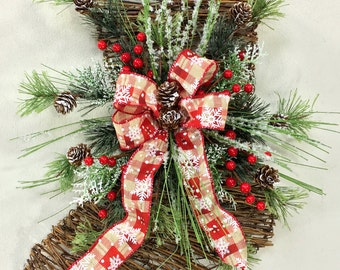 Stocking Wreath, Twig Stocking,  Christmas Wreath, Holiday Wreath, Winter Wreath, Rustic Wreath, Holiday Door Decor, Woodland Wreath, Prim
