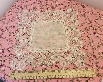 Vintage handkerchief, vintage lace hankie, bridal handkerchief,  bridal gift, celebration, Collectors handkerchief, wedding handkerchief