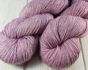 Skein dyed - Fingering - Single - superwash Merino & silk - 100 g / 400 m - English Rose