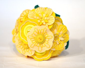 Yellow bridesmaid bouquet /small bridal bouquet / Felt button bouquet / everlasting flowers / alternative wedding / hand embroidered flowers