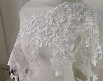 Ivory Alencon Lace Trim Corded Scalloped Lace Fabric Embroidered Floral Lace Vintage Style