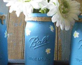 Daisy Mason Jar - Blue Hand painted Mason Jar - Daisy Flower Vase - Flower Vase Jar - Distressed Mason Jar - Shabby Decor - Cottage Decor