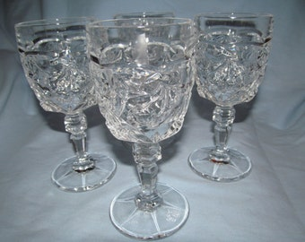 Cut Lead Chrystal Wine Glass  with  Cherry Design Vintage set of 4