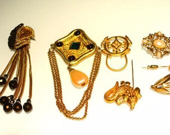 lot de 7 pièces bijoux - médiéval - Viking - Lot de broche - broches Vintage - broches - mode bijoux - Lot vintage - bijoux vintage un lot