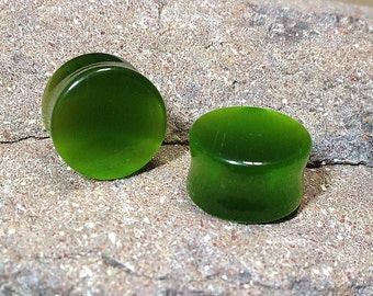 Pair of Green Cat's Eye Stone, Ear Plugs, Stone Plugs, Ear Stretching, Ear Stretchers