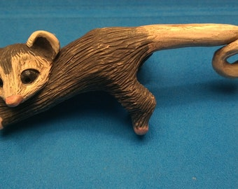 opossum figure