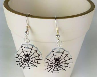 Spider Web Happy Halloween earrings