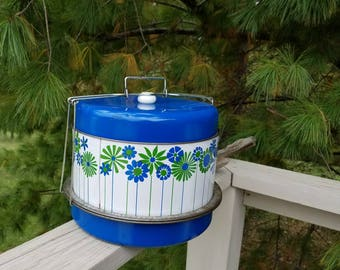 Blue & White Flower Triple Decker Cake Pie Carrier with Locking Lid
