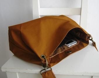 Orange / Caramel Messenger / Shoulder Bag