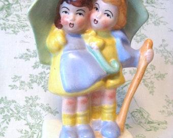 RARE UMBRELLA and CHILDREN Vintage Figurine
