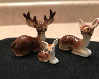 Vintage miniature Deer figurines