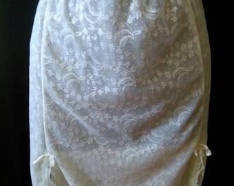 Vintage 60's lace short slip sz sml med