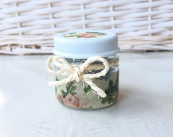 Patchouli & fig scented handpoured candle in an upcycled glass jar