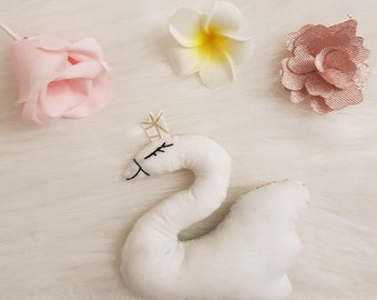 Little Swan for Golden Cat with fabric Crown!