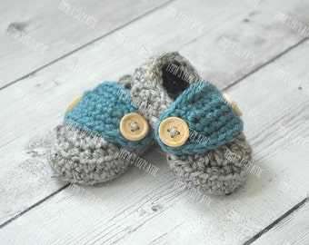 Crochet baby shoes, baby booties, baby loafers, baby boy shoes, baby boy loafers, newborn photo prop, baby boy coming home outfit