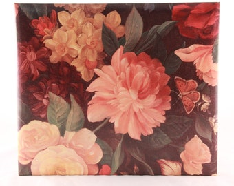 NEW!!! Old Hallmark Stock Beautiful Floral Refillable Guest Book for any Occasion. RA873