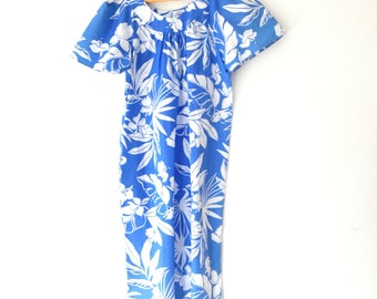 Vintage Hawaiian dress 1960s muumuu turquoise hibiscus mumu medium