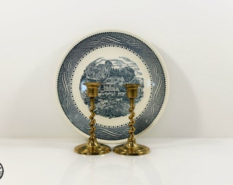 Brass Candlestick Set of 2 / Brass Candlesticks / Spiral Stem / Brass Home Decor
