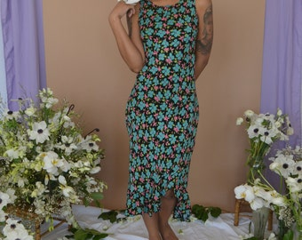 90s Betsey Johnson Dress in Green Floral Motif with Ruffled Hem