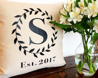 Personalized Pillow Cover, Establish Date, Last Name, Wreath, Wedding Gift, Anniversary Gift, Gift for Her