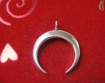 925 sterling silver Crescent Moon Pendant - silver moon charm , silver moon, half moon