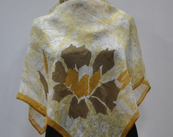 Vintage PRINTED silk scarf ,  silk scarf ..(754)