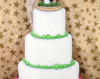 2018 Custom Wedding Cake Ornament, 1st Christmas Gift, Wedding Ornament, Just Married, Wedding Cake Ornament, Custom Cake, Bride Groom Gift