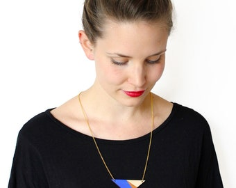 Geometric, wooden triangle necklace, blue, cobalt blue, copper, natural wood, minimalist necklace, triangle pendant, modern jewelry