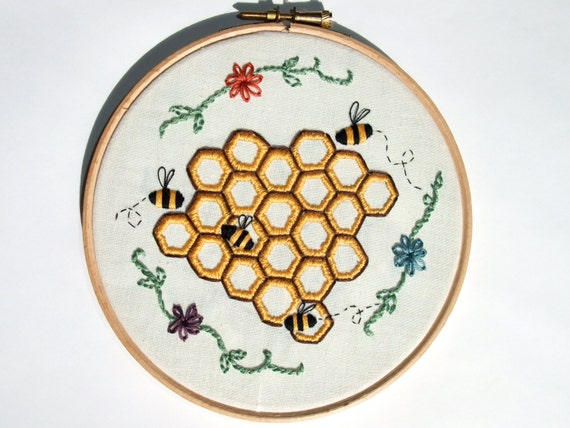 Honeycomb bee geometric embroidery design pdf pattern hoop
