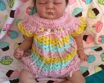 Hand crochet set for baby girls 0-3 months Boutique style Spring dress, hat and sandals