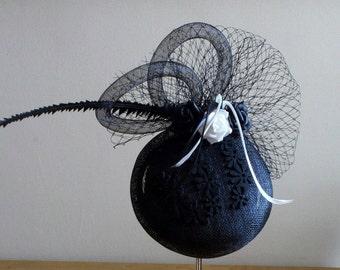 Fascinator hat Black and white