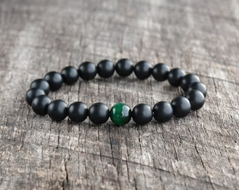 8mm Green Tiger Eye Bracelet, Matte Onyx Bracelet, Mens Bracelet, Black Bead Bracelet, Womens Gemstone Bracelet, Yoga Bracelet, Gifts