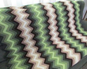 Handmade Green and Cream Chevron Multi-color Afghan 51 x 64