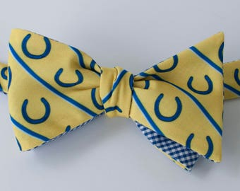 Horseshoes Bow Tie - 2 colors