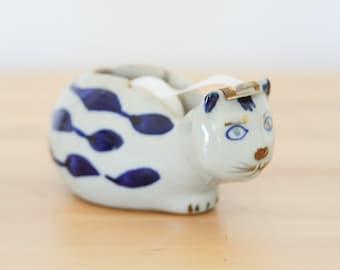 Vintage Cat Tape Dispenser • Ceramic Kitty Figurine • Blauw Delft Elesva Style • Porcelain Pottery • Blue White Office • French Country Home