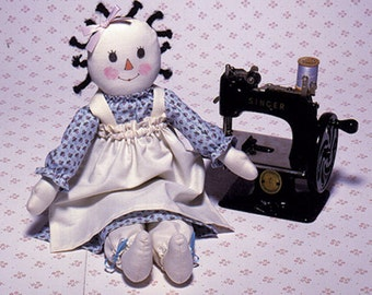 Buttons N' Bows Easy to sew doll pattern from Carolee Creations SewSweet Dolls