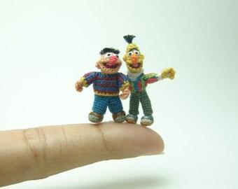dollhouse miniature dolls - pair of micro crochet amigurumi muppets