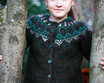 Icelandic wool sweater for children
